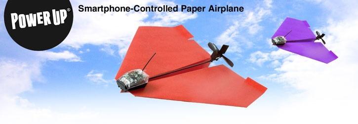 PowerUp 3.0un avión de papel construido por la compañía TailorToys