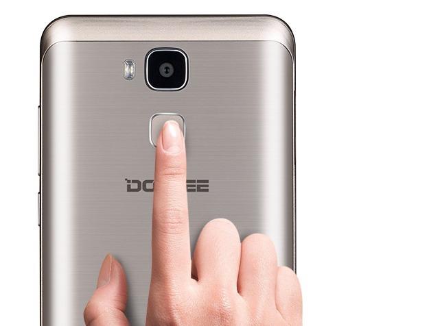Doogee Y6, un móvil para hacer selfies impresionantes